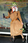 Panto-Dame- EXPLORER PANTOMIME DAME COSTUME with wig All Sizes incl. Plus Sizes