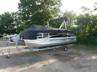 20 Foot Bennington Pontoon Boat Like New Many Options Included- Pickup or Del.