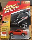Johnny Lightning~Classic Gold Collection~2010 Dodge Challenger R/T-Version A
