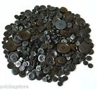 MIXED BUTTONS / PLASTIC BUTTONS / ASSORTED BUTTONS / ARTS & CRAFTS MOSTLY SMALL