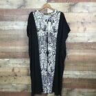 C. Wonder Petite V Neck Black Color Block Printed Caftan Dress