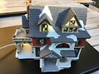 Dickens Collectibles - Christmas On Main Street - Dormer House With Porch - 1998
