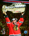 Jonathan Toews Chicago Blackhawks 2015 Stanley Cup Trophy Photo SB141