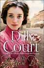 The Button Box: Gripping historical romance from the Sunday Times Bestseller,...
