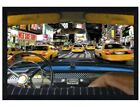 Schwarzes Holz eingerahmtes Times Square Taxi New York Maxi Poster 61 x 91,5 cm