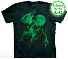 THE MOUNTAIN GLOW WOLF MOON THREE SPACE WOLFPACK HOWLING SKY T TEE SHIRT S-5XL