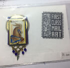 NEW BEAUTIFUL COLLECTIBLE FIRST CLASS MAIL ART STAMP PIN BROOCH 25 CENT USA